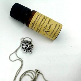 Bijoux aromatique Lotus et mélange d'huiles essentielles Murmures des anges