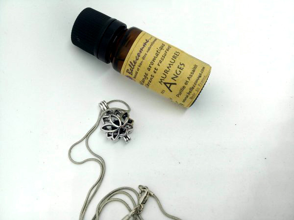 coffret bijoux aromatique et mélange huiles essentielles bio